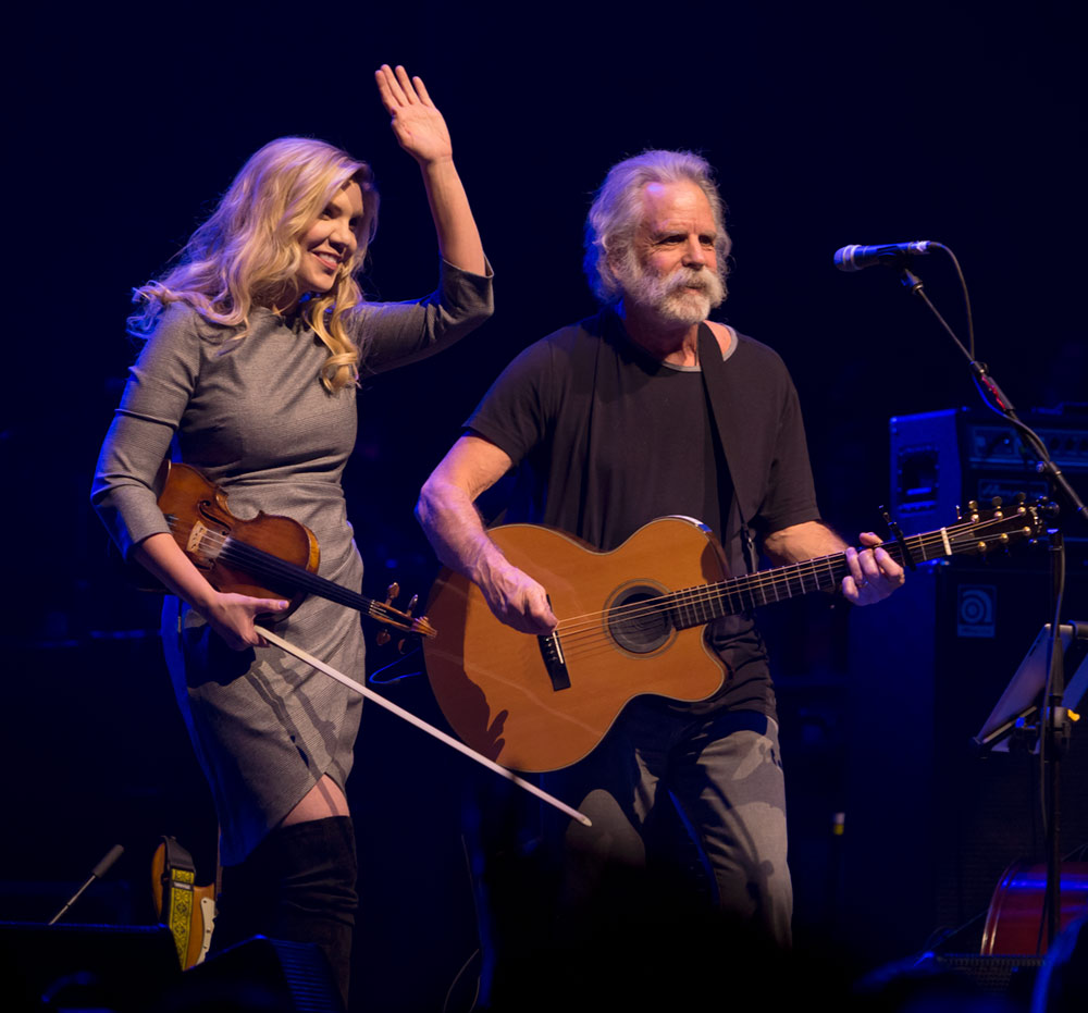 """Allison Krauss joins  Bob Wier for the tune """"Peggy O"""""""